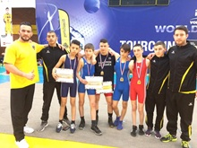 Vign_equipe_champ_france_greco